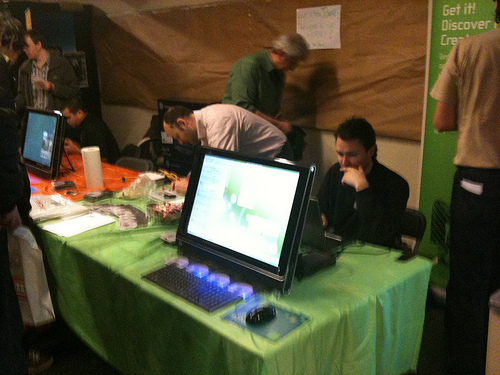 openSUSE booth
